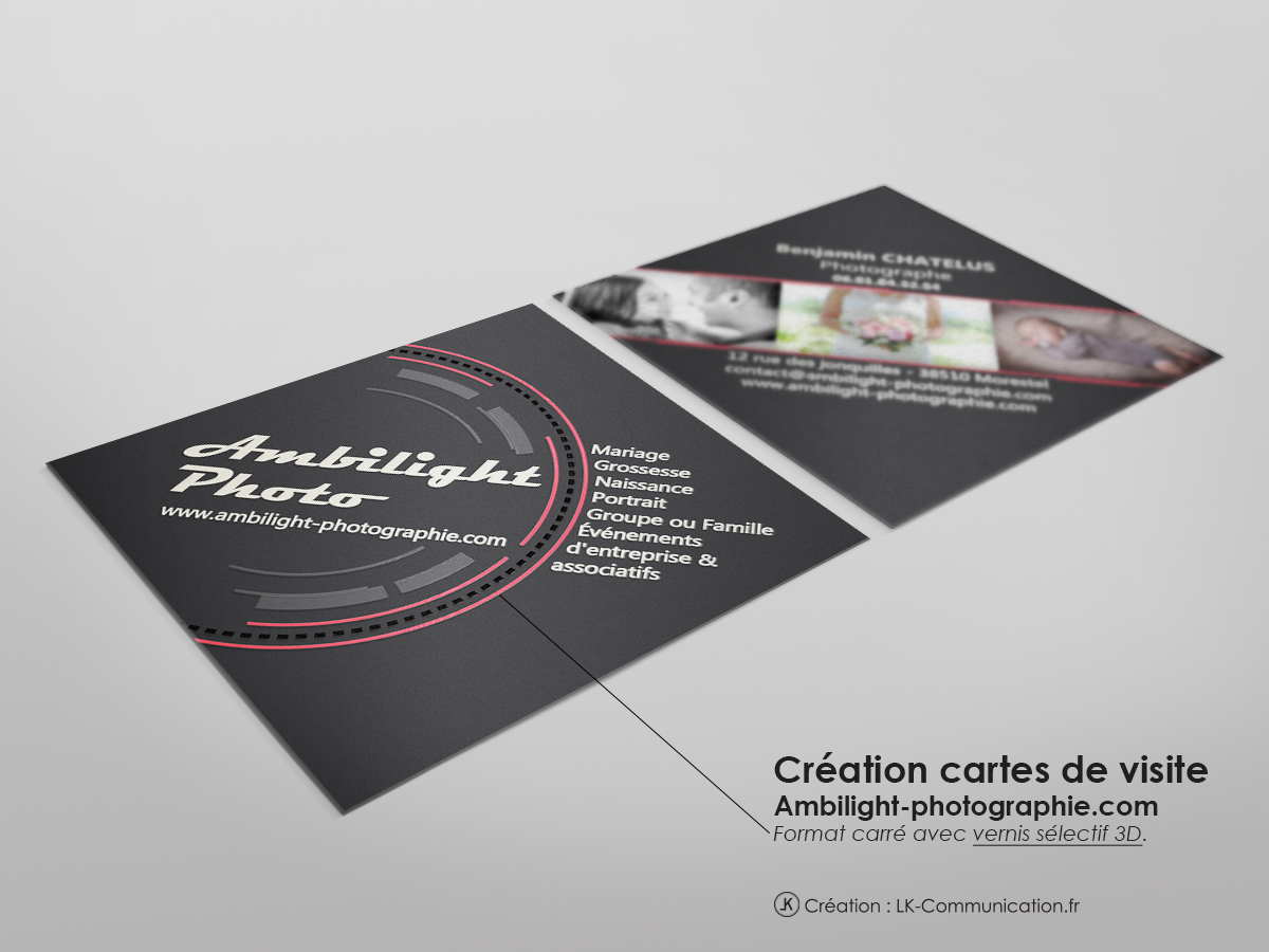 Des Cartes Au Format Carre Presentees En Losange Avec A Limpression Un Vernis Relief 3D Sur Le Logo Et Les Photo Pour Une Touche Originale Support